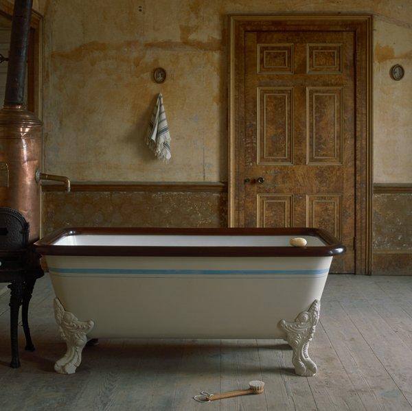 the water monopoly retro baths flodeau. Black Bedroom Furniture Sets. Home Design Ideas