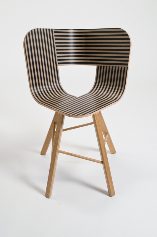 Col a new italian design label flodeau for Wooden armchair designs