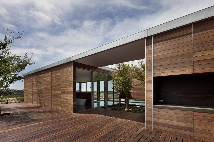 Sjb architects shoreham house flodeau for Patios minimalistas