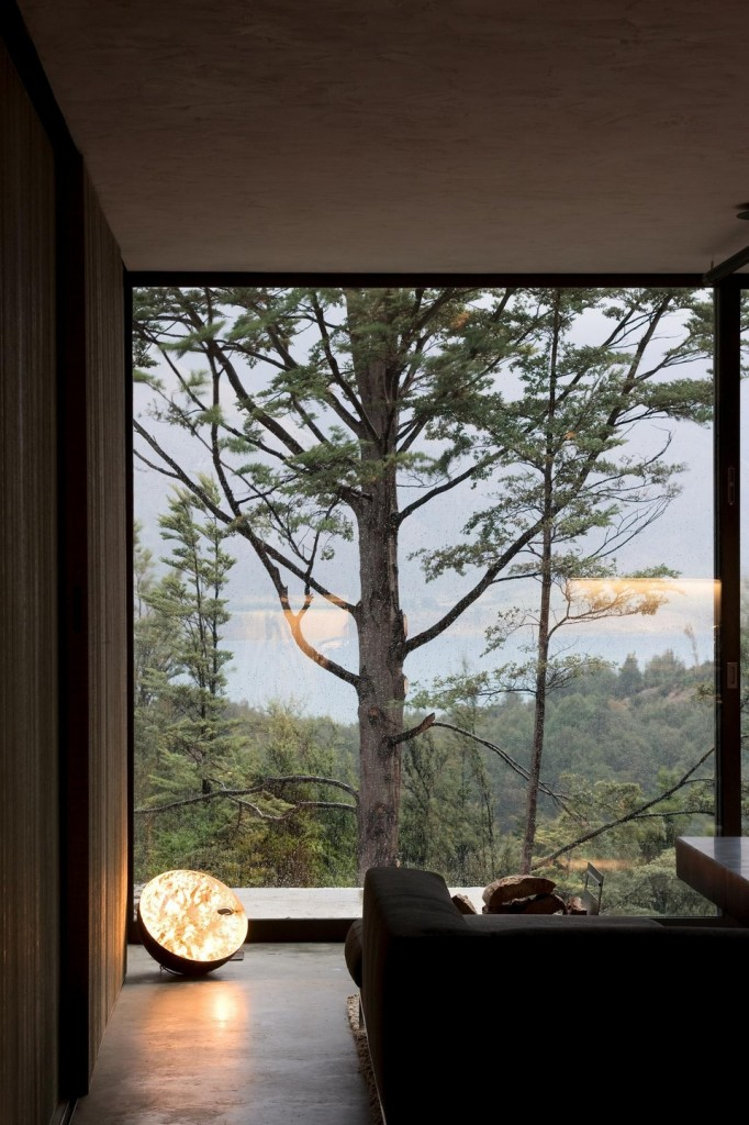 Fearon hay architects mountain retreat flodeau for Picture window house