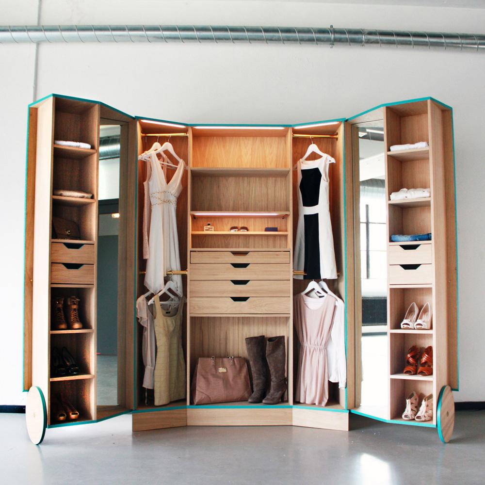 Hosun ching walk in closet flodeau for A walk in closet