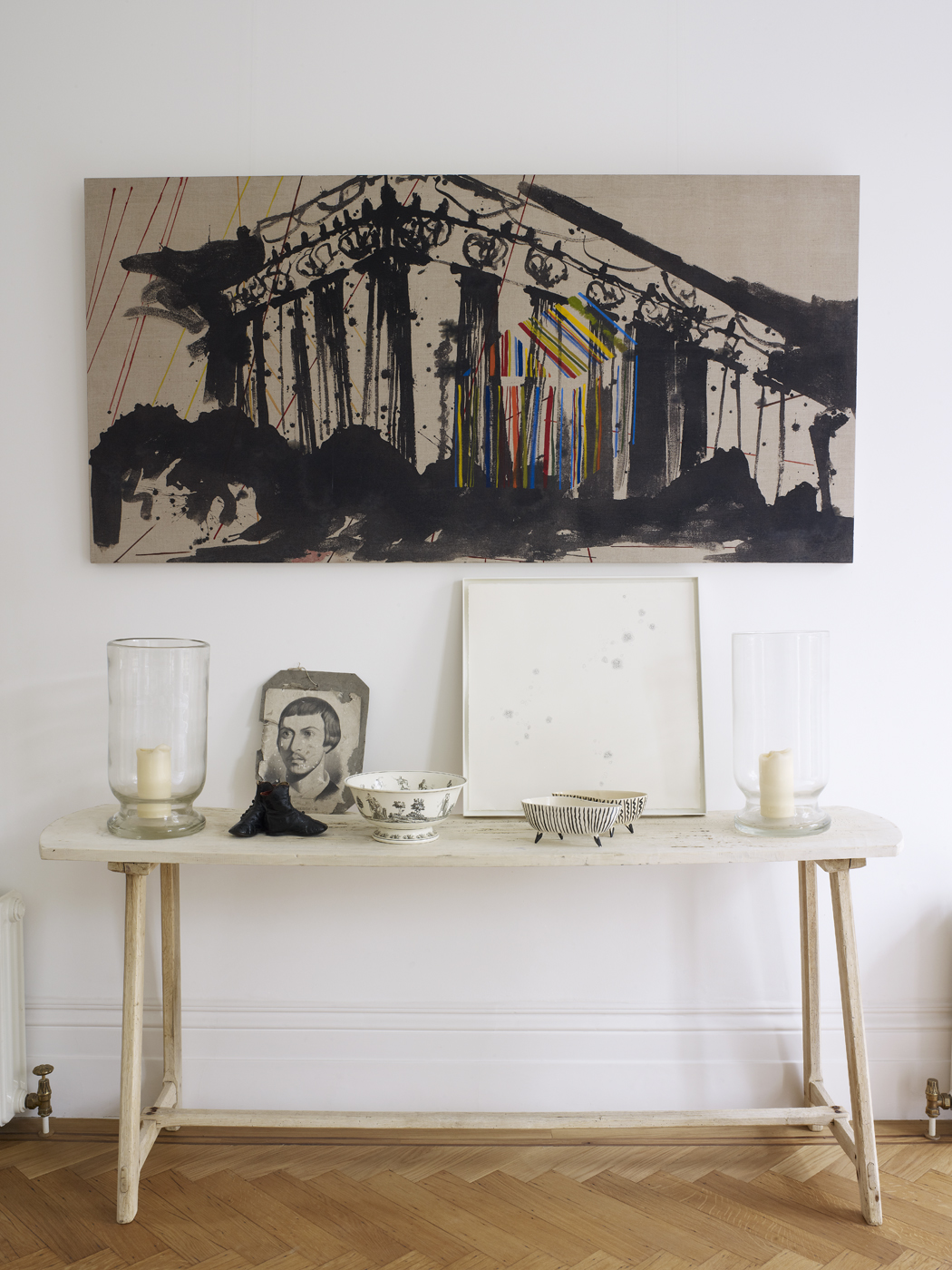 Home Tour : Harriet Anstruther's Bright And Modern 1840s