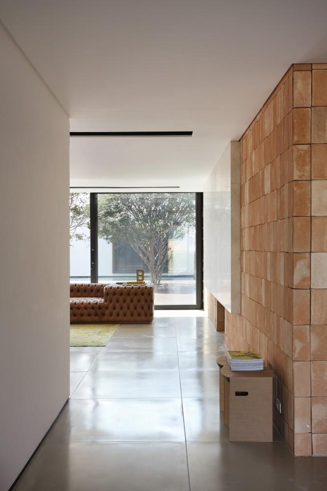 Studio Guilherme Torres Bt House Flodeau