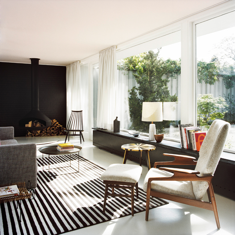 bfs design atrium house in berlin flodeau. Black Bedroom Furniture Sets. Home Design Ideas