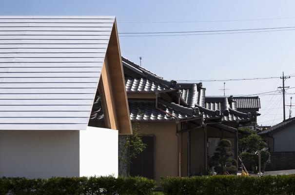 Koya No Sumika by mA-style architects - featured on flodeau.com 011