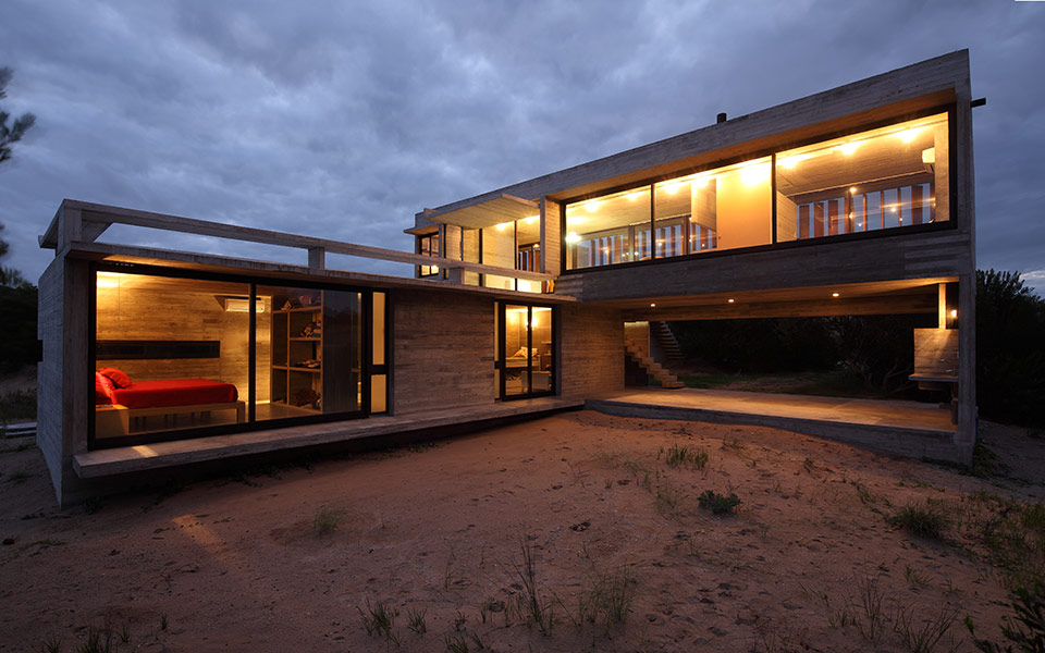 Costa Esmeralda House by Maria Victoria Besonias and Luciano Kruk - featured on flodeau.com 011