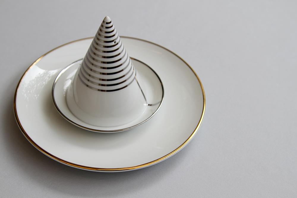 Digital Love  decorative plates by david:nicolas - FLODEAU.COM 038