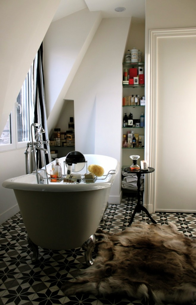HOME TOUR :: Apartment in Paris :: FLODEAU.COM :: 019