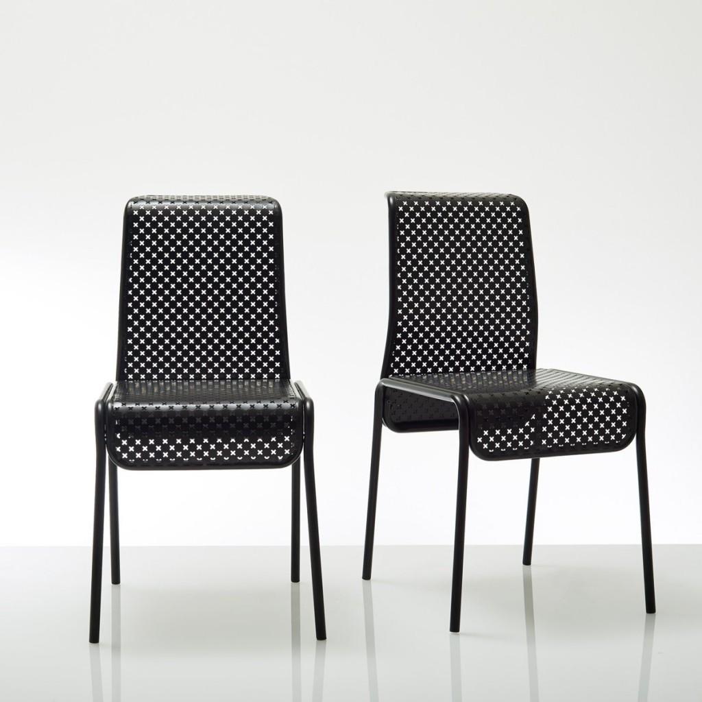Chair by Antoine Phelouzat