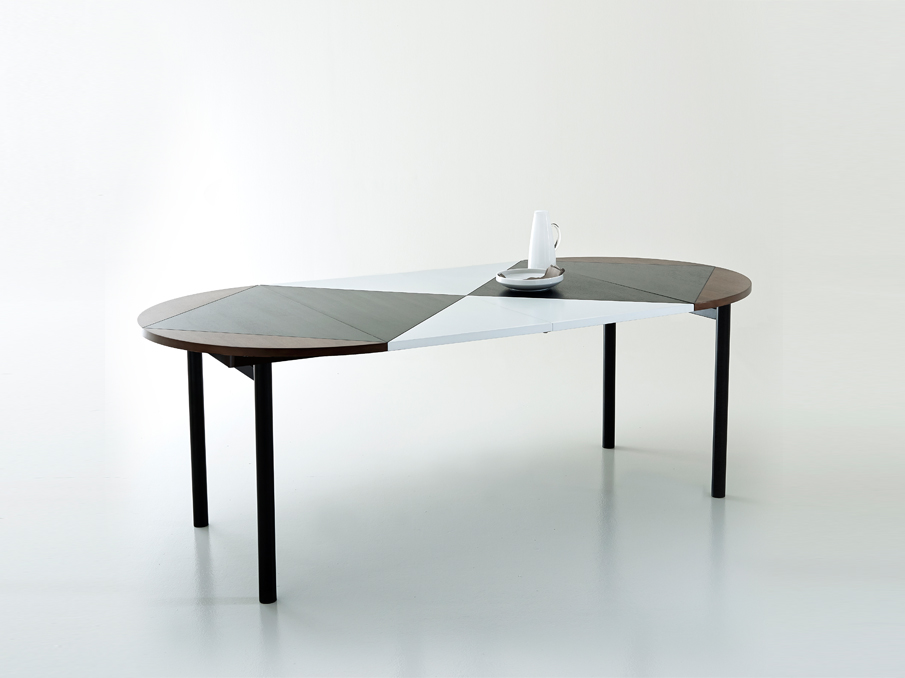 Extendable dining table, Pool 01