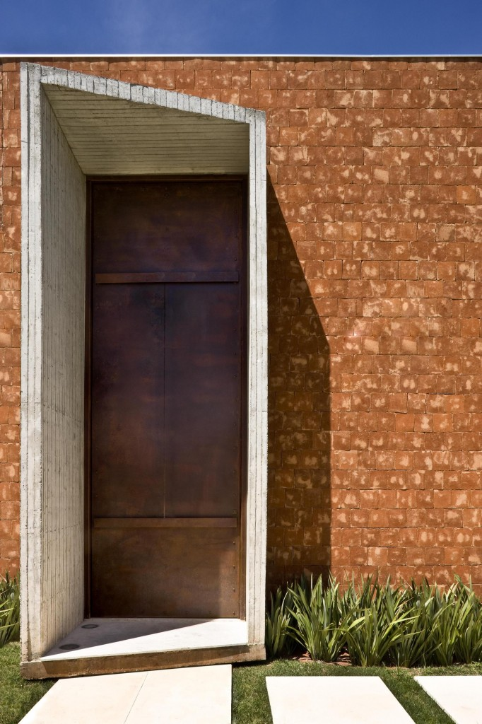 Taquari House in Brasilia by Ney Lima |Quick Dose of Inspiration #43 | Flodeau.com