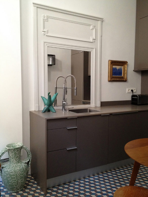 charlotte vauvillier apartment in paris flodeau. Black Bedroom Furniture Sets. Home Design Ideas