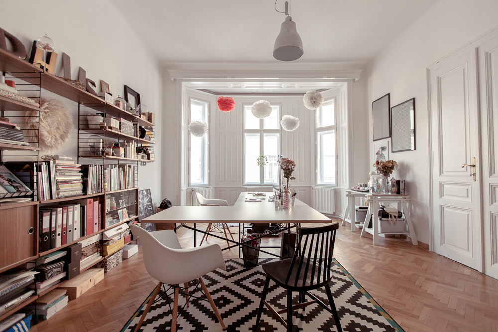 Studio apartment in Vienna by Atelier Karasinski