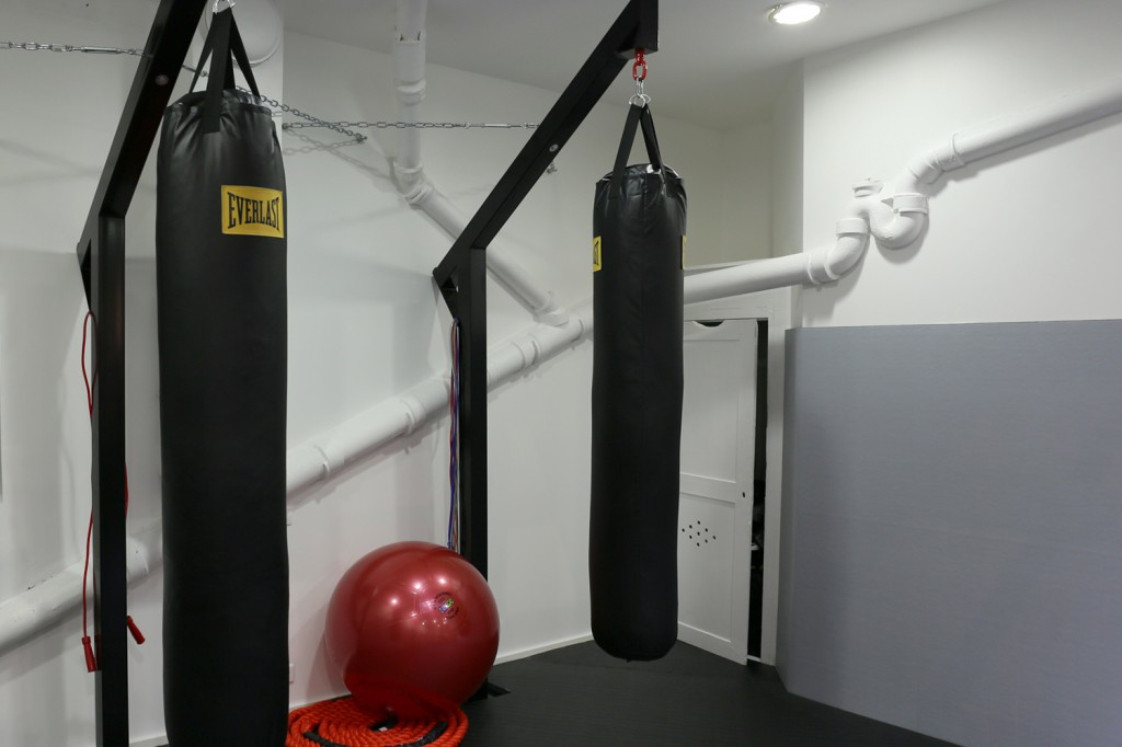 La Belle Équipe Thai boxing hall in Paris by Spray Architecture | Flodeau.com