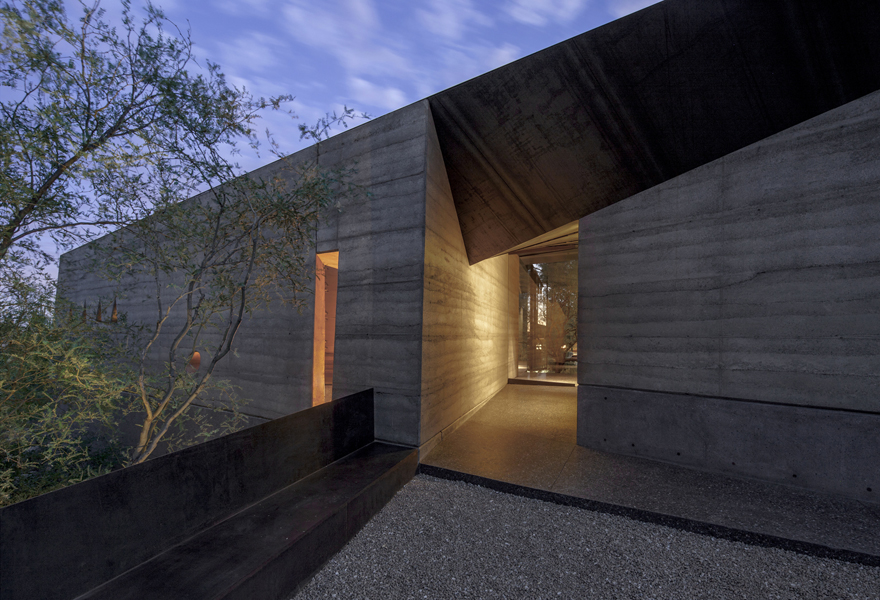 Wendell Burnette Architects : Desert Courtyard House | Flodeau.com