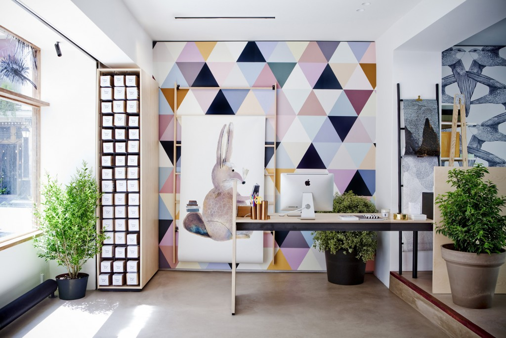 """Bien Fait"" wallpaper Showroom in Paris by A+A Cooren 