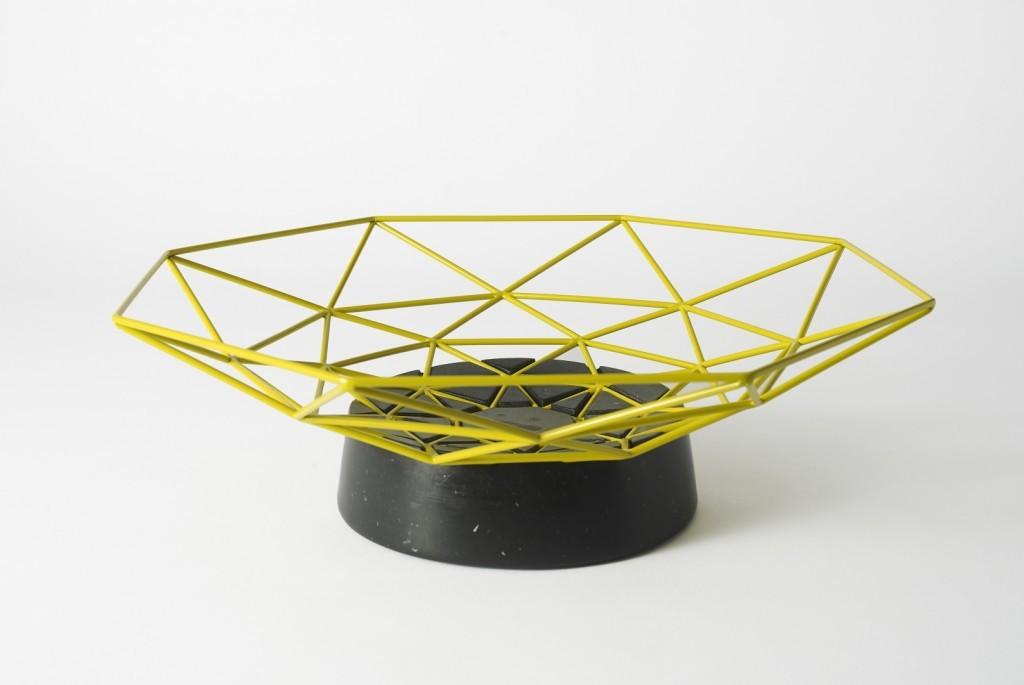 Embedded fruit bowl by Dan Yeffet | Flodeau